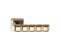 Ручка дверная на квадратной накладке SILLUR C202 P.GOLD золото